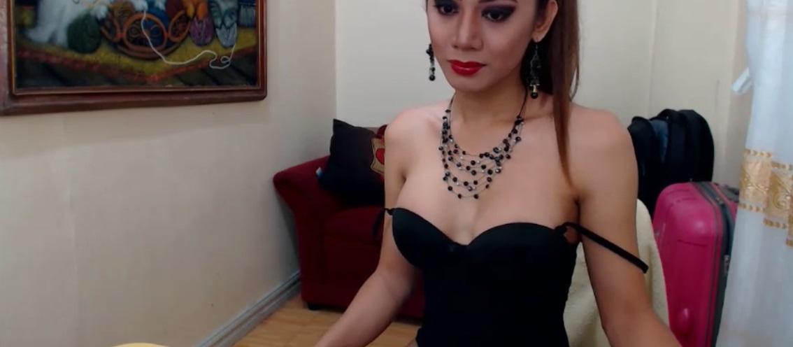 Ladyboy IngridPassionn sexy in black