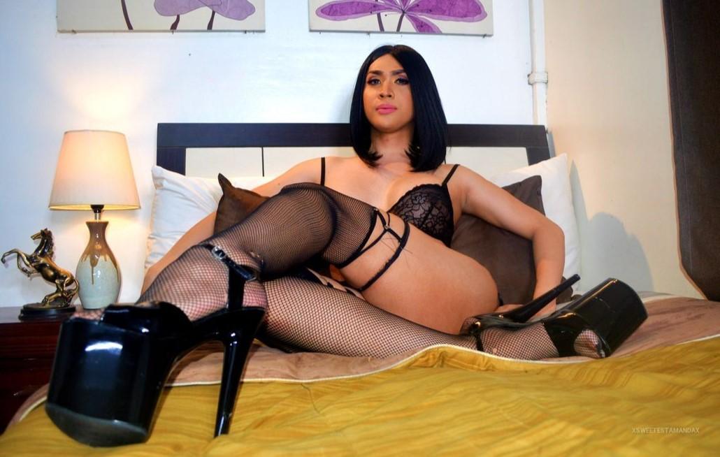 Ladyboy Amanda is doing well in her lingerie