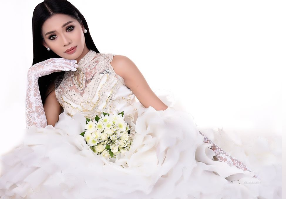 Ladyboy Zhavia wants to get married